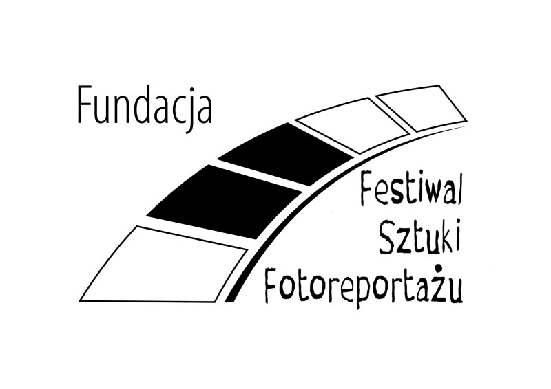 fundacja_fszf-logo_gray-black